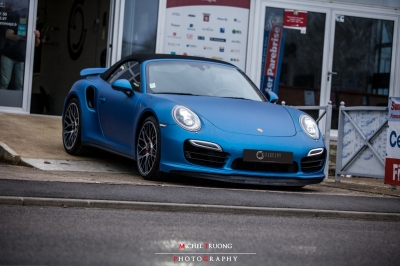 Porsche 991 turbo covering bleu mat métallisé